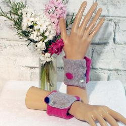 School Grey and Cerise Dotty Wrist Warmers in Cashmere