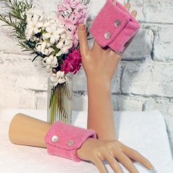 Rose Pink Cashmere Wrist Warmers